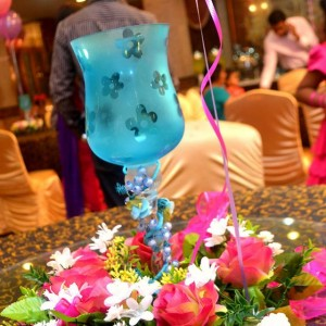Standard Colours with Goblet Centrepiece