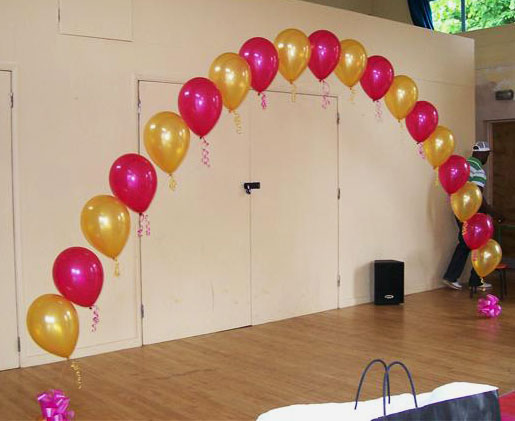 String of pearl arch with helium magical wonderlande for Balloon arch no helium
